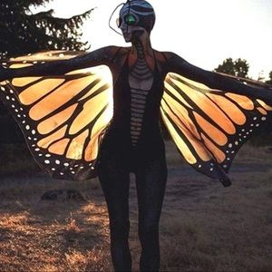 Monarch butterfly wings w/shoulder straps & finger